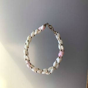 Beaded White and pink mother of pearl bracelet